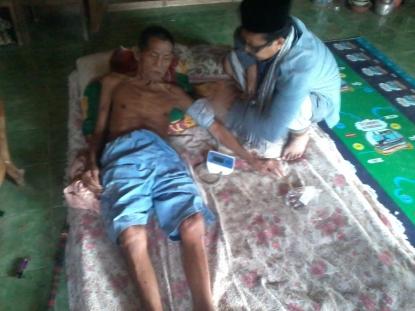 Pengobatan gratis oleh tim medis Muhibah Ummat