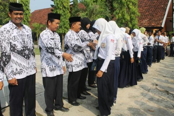 150706028Guru-osissmpn2ngimbang.blogspot.com